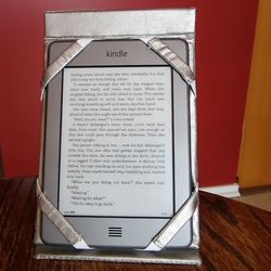 Kindle case standing