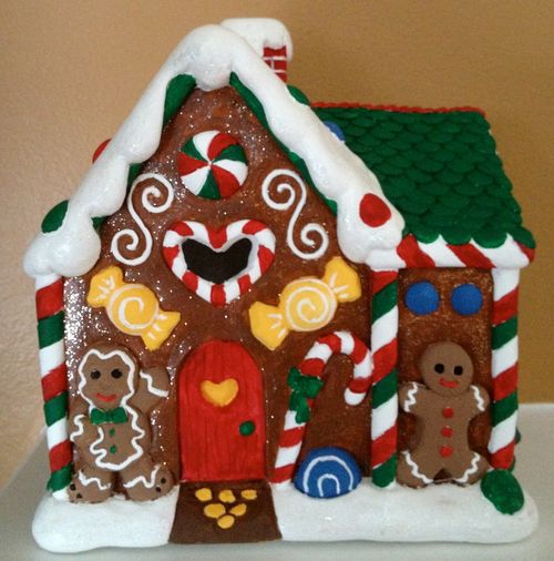 GingerbreadHouseFront