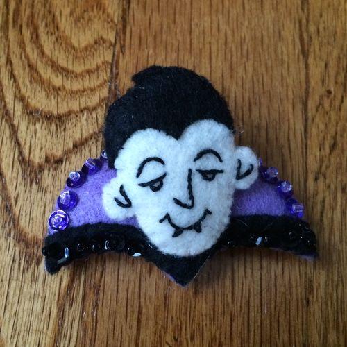 Vampire-ornament2014
