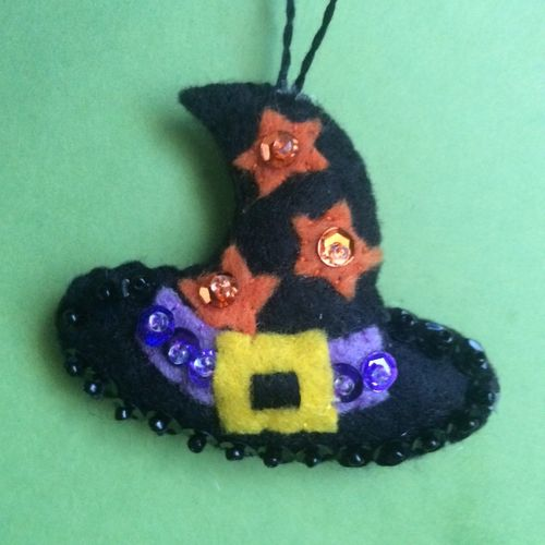 Witch hat ornament 10-8-15