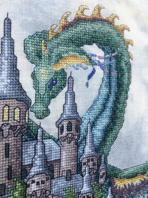 TW-Castle HD dragon detail
