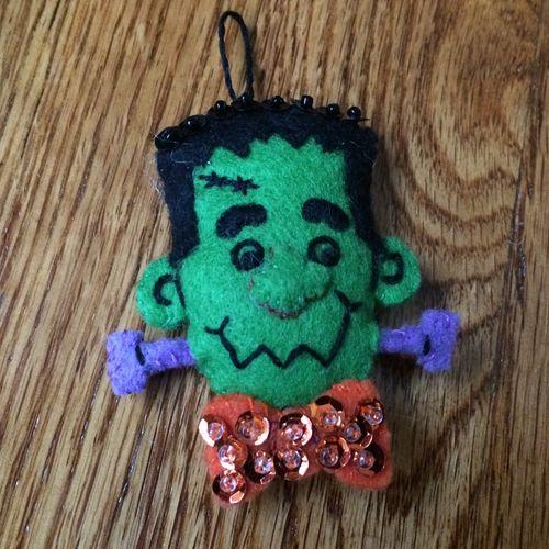 Frankie-ornament2014