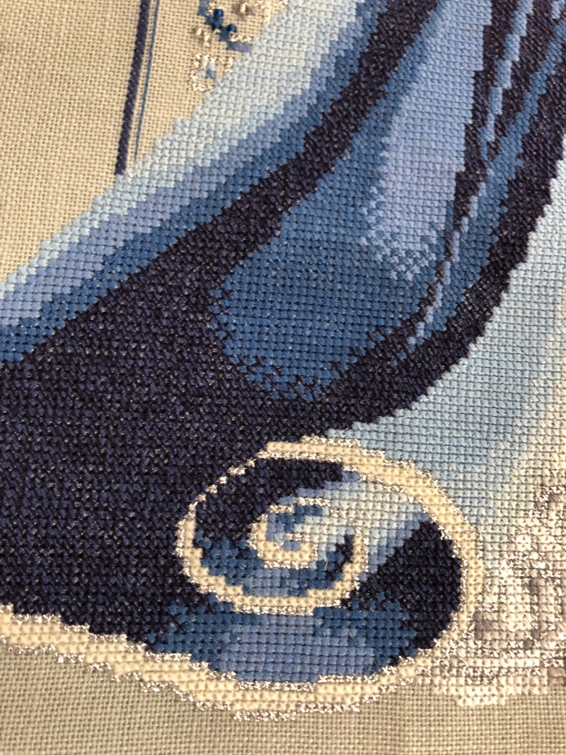 Celtic Winter HD cape detail