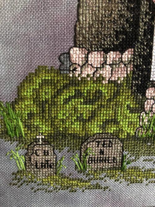 Spooky House HD- gravestones