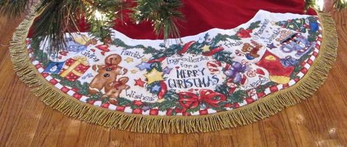 Christmas Ingredients tree skirt
